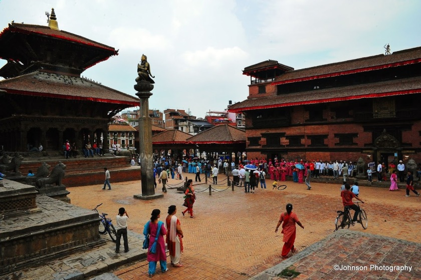 Patan Durbar Square - Garuda Statue in front of the Krishna Temple