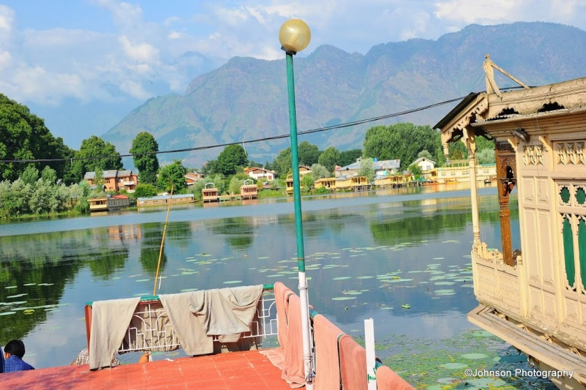 Dal Lake - Houseboat moored to the bank