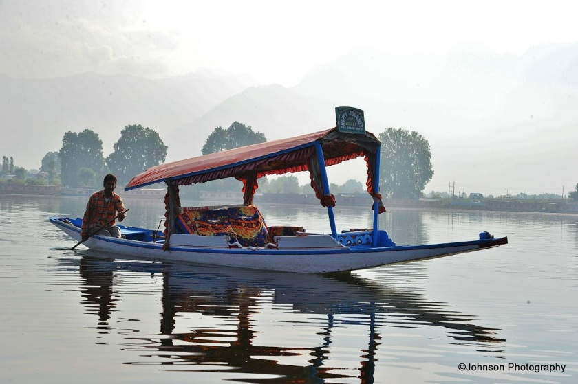 Shikhara boat on Dal Lake